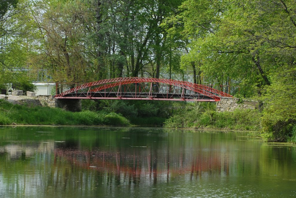 Red Iron Bridge