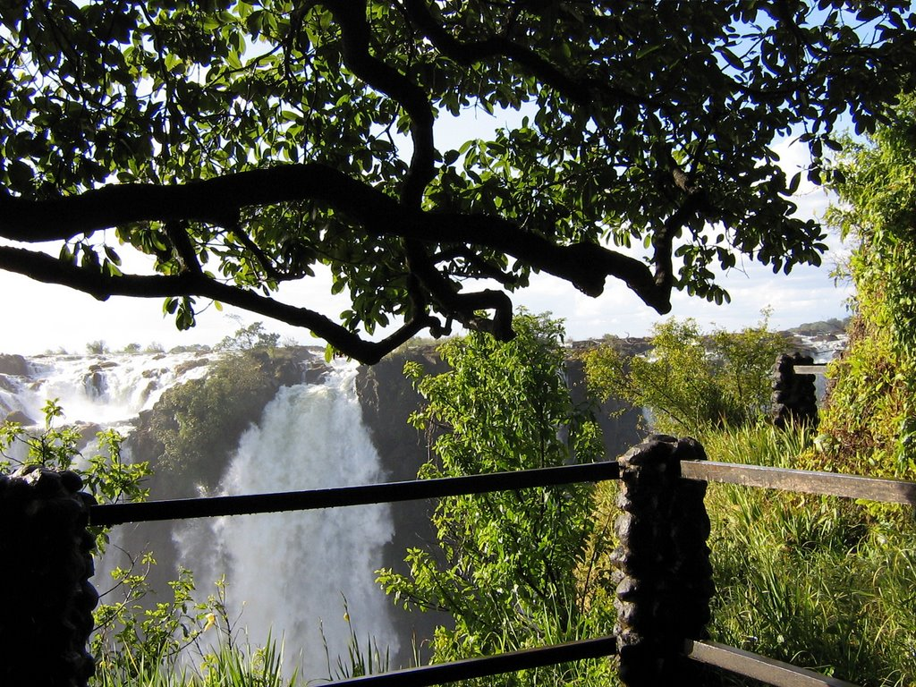 VICTORIA FALLS AS SEEN FROM THE ZAMBIAN SIDE