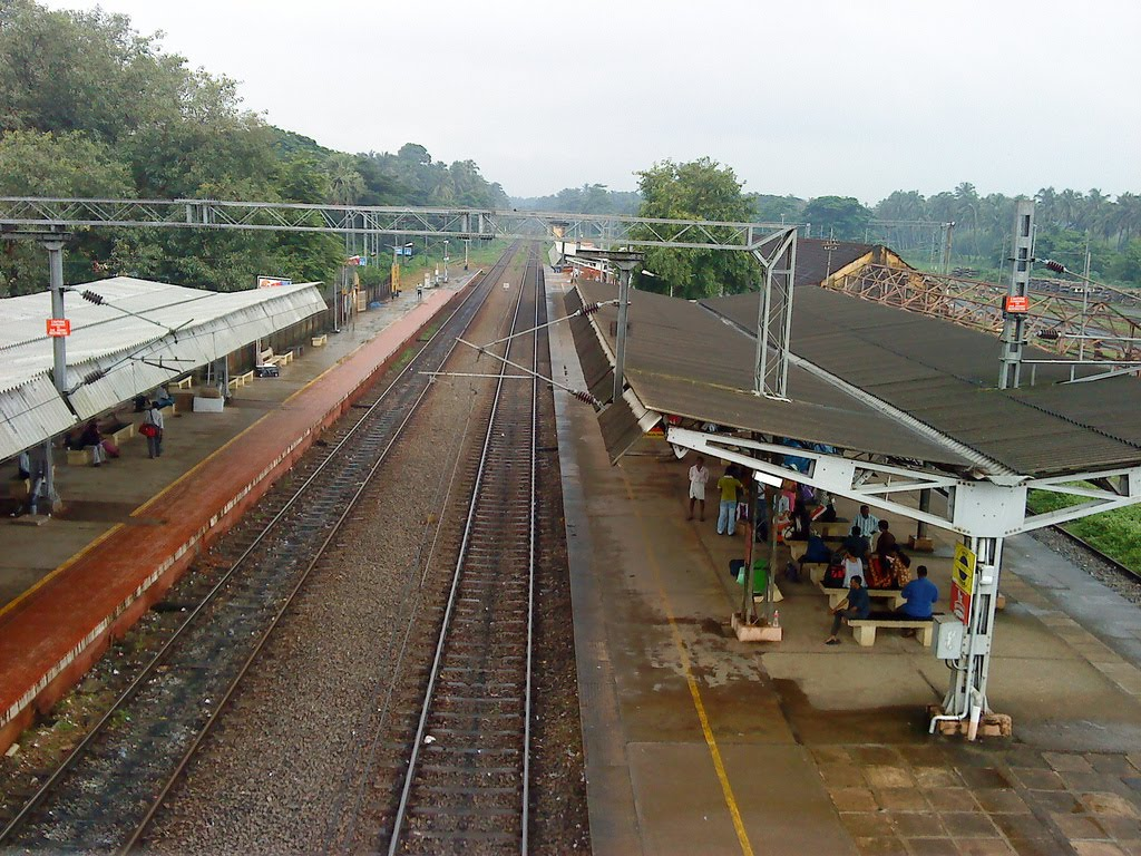 Thrissur Railway Station - A view from  North side  Foot Over Bridge